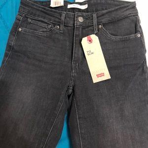 Levi's 712 slim black jeans